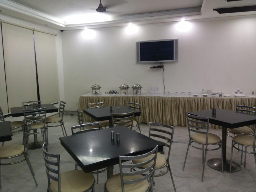 Enkay Residency JCM Guest House Gurgaon Restaurant