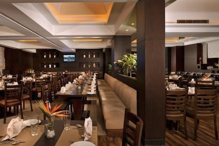Country Inn and Suites by Carlson Gurgaon Restaurant