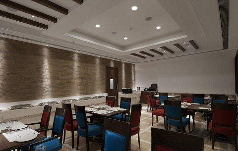 Vista Signature Hotel Gurgaon Restaurant