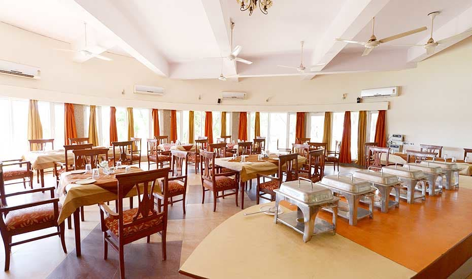 Saras Tourist Resort Gurgaon Restaurant