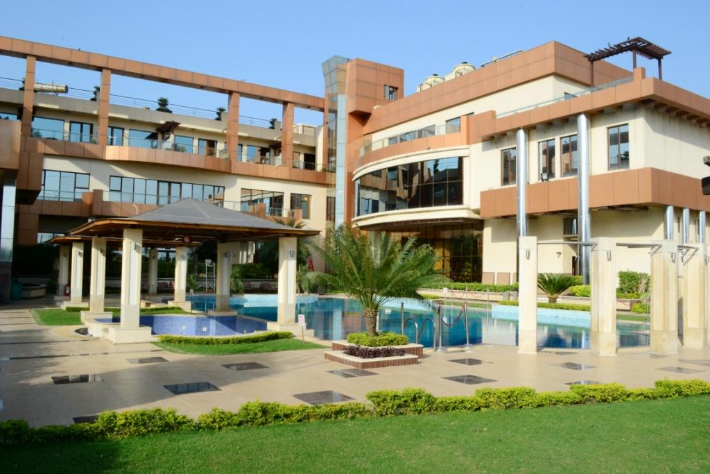 Club Florence Hotel Gurgaon