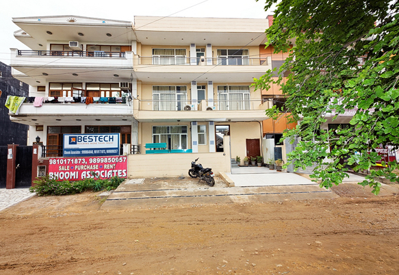 Daaksh Residency Hotel Gurgaon