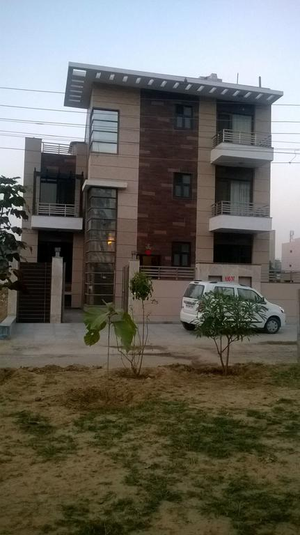 De Cliff Inn Homestay Gurgaon