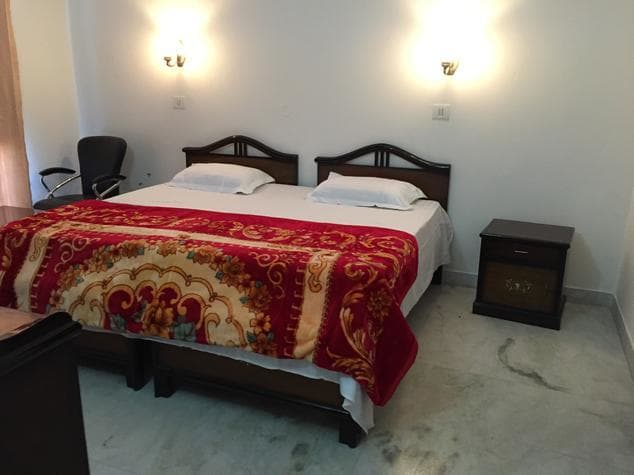 Eden Royal Guest House Gurgaon