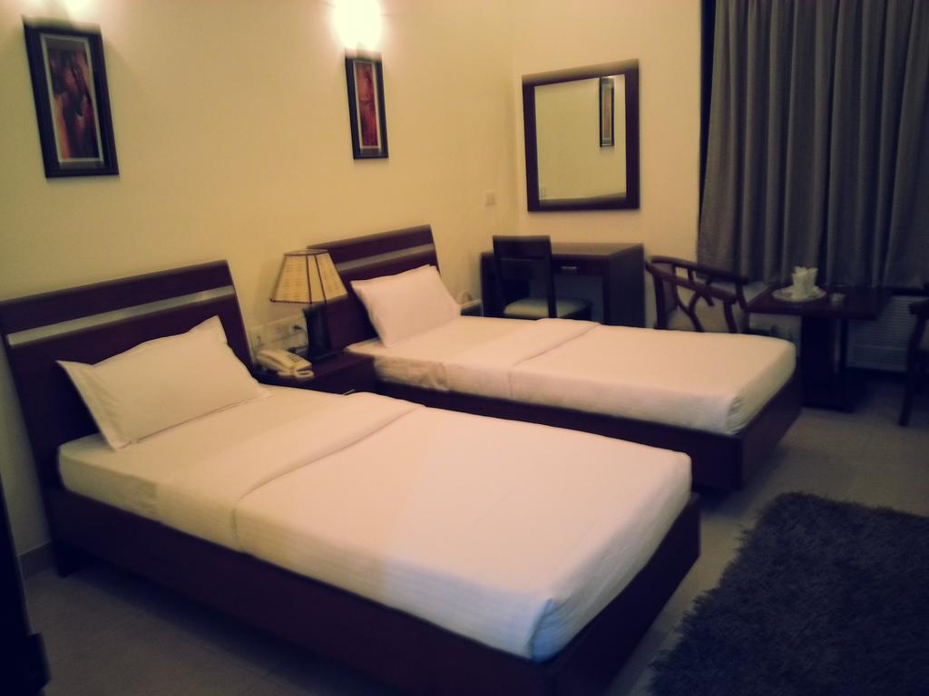 Mirror Touch Guest House Gurgaon