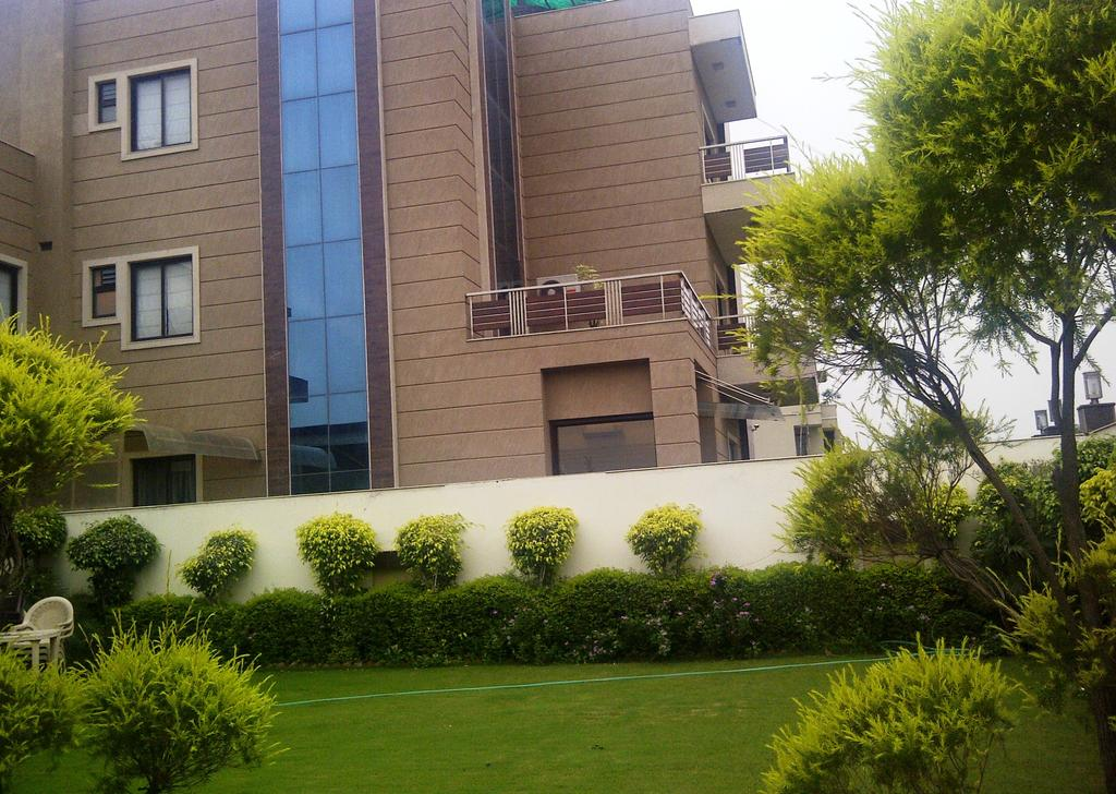 Royal Residence Service Apartment Gurgaon