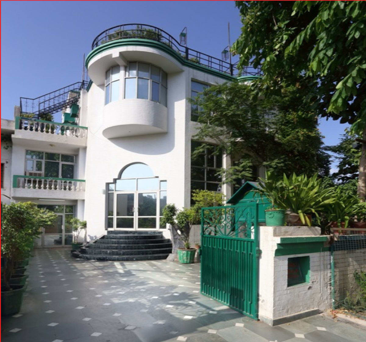 Up Country Guest House Gurgaon
