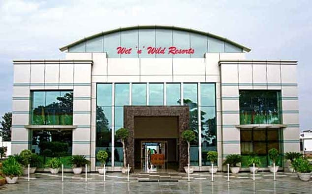 Wet N Wild Hotel And Resort Gurgaon