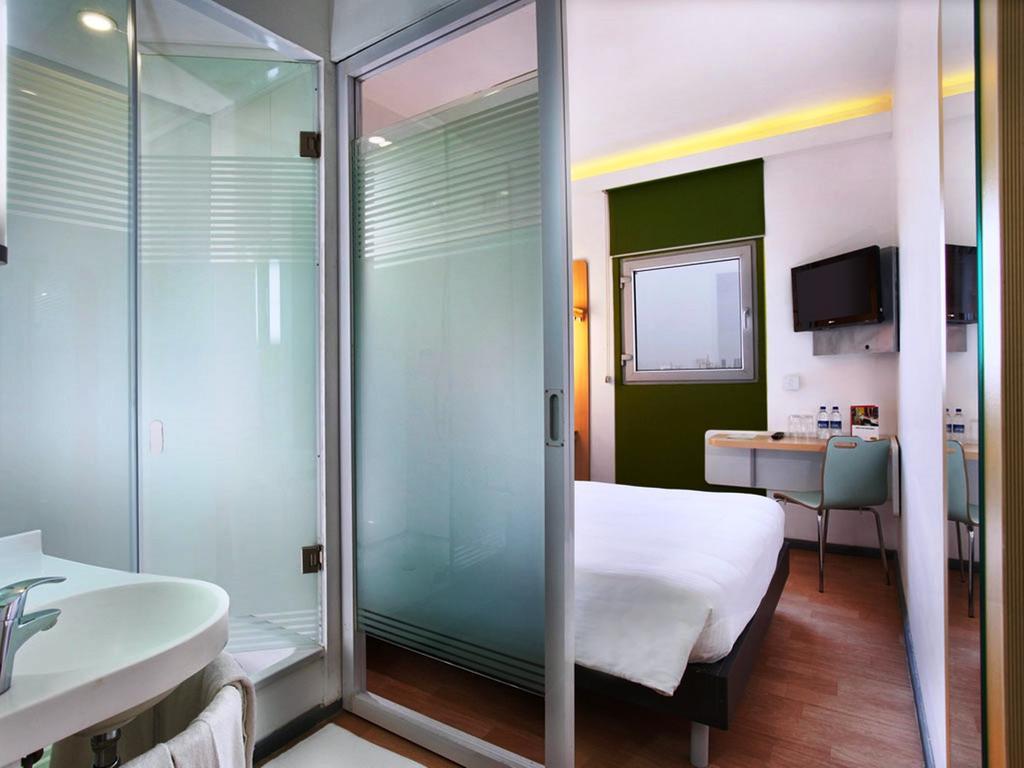 formule 1 hotel gurgaon rooms rates photos reviews. Black Bedroom Furniture Sets. Home Design Ideas